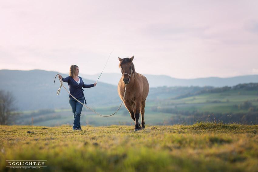 Claire et son cheval Moka - Ethologie et clicker training