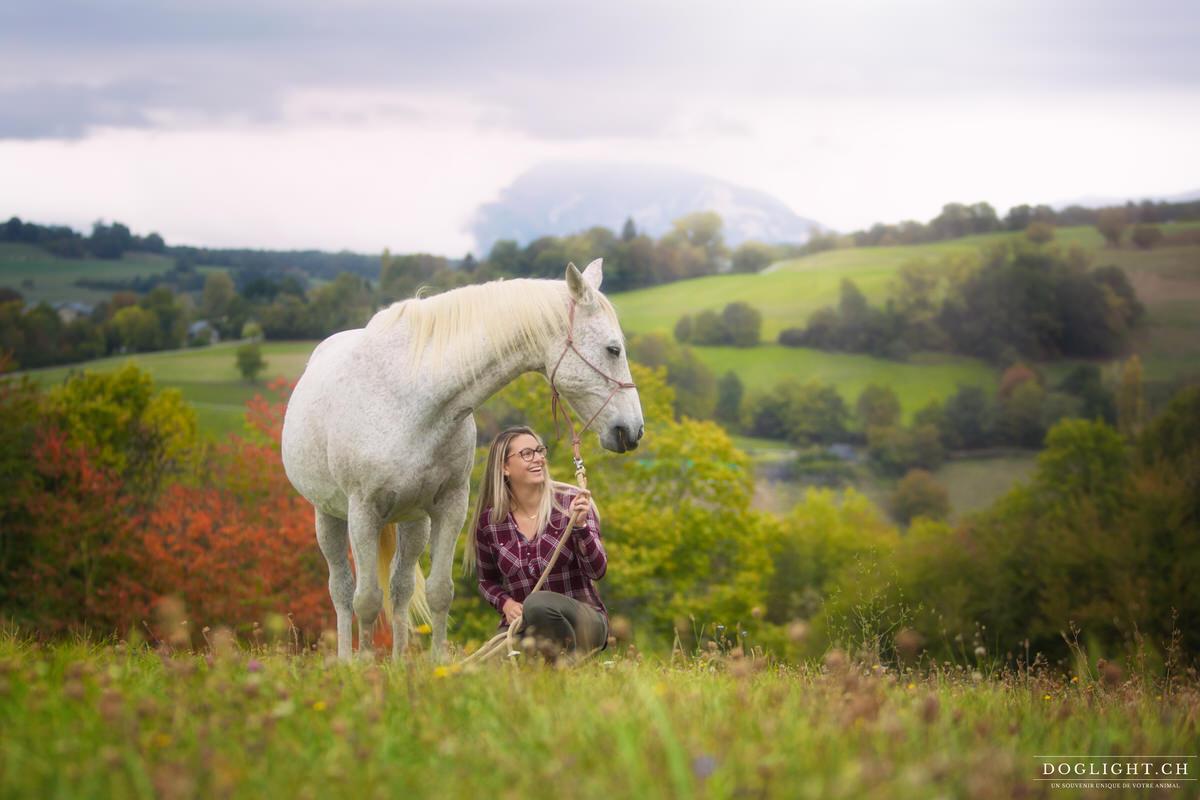 Photographie cheval et femme