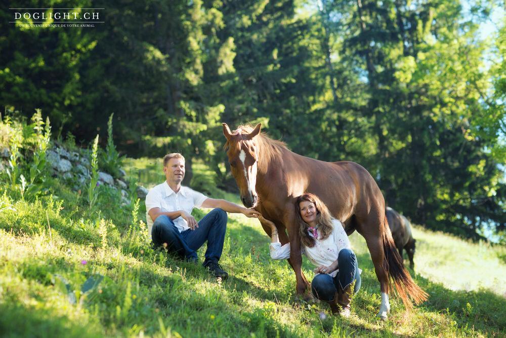 Couple avec cheval Suisse