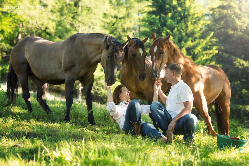 Photographe famille chevaux en Valais